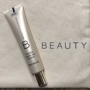 NWOT Beautycounter Tint Skin Foundation CHESTNUT